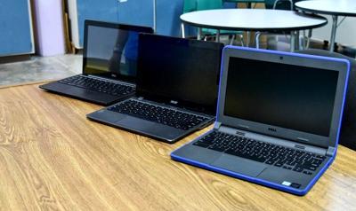 Estudiantes de Illinois envían computadoras a alumnos de Vieques y Culebra