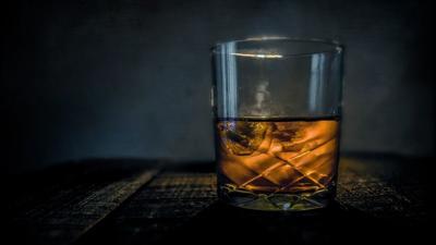 Vinculan el cáncer con el consumo de alcohol, incluso moderado