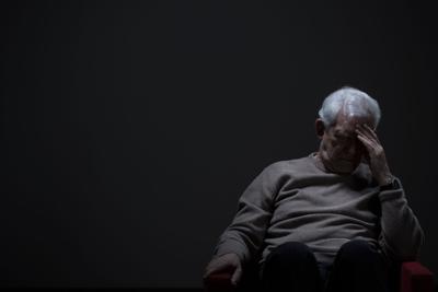 Justicia radica 60 cargos contra cuidadora de ancianos