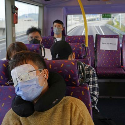 Buscan personas que se queden dormidas fácilmente para un recorrido en autobús