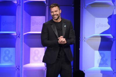Ricky Martin llega al Latin Grammy con nuevo bebé y nueva música