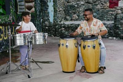 Gerardo Rivas e hijo