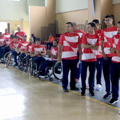 Cocinan ayuda para el Comité Paralímpico