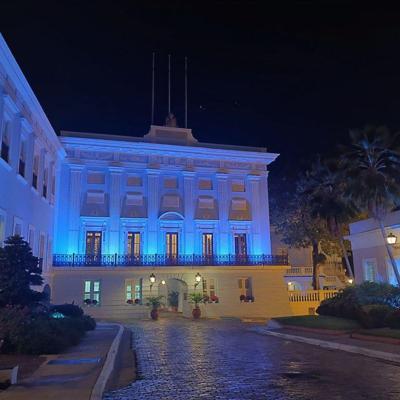 Fortaleza se ilumina de azul para concienciar sobre la diabetes