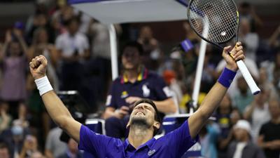 Novak Djokovic despierta y sigue al acecho del Grand Slam
