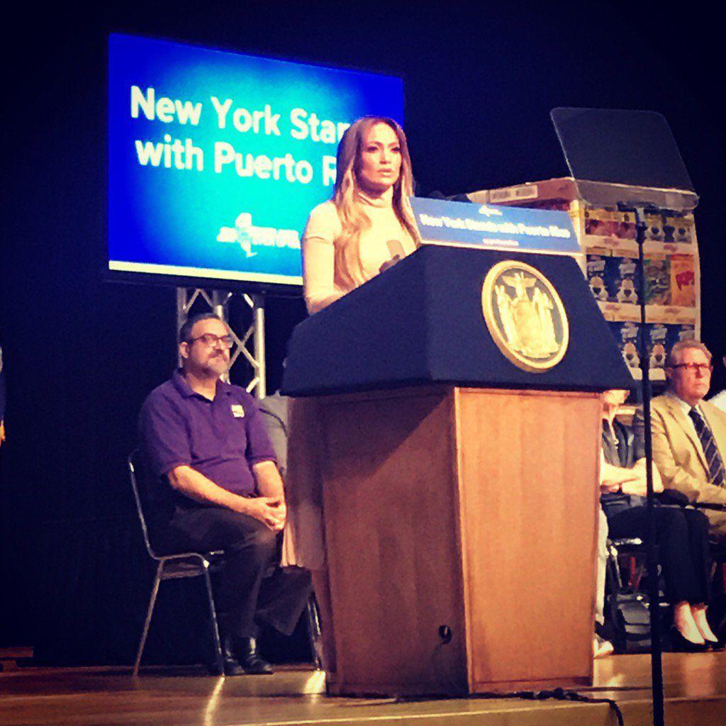 Jennifer Lopez donará 1 mdd a damnificados por huracán en Puerto Rico