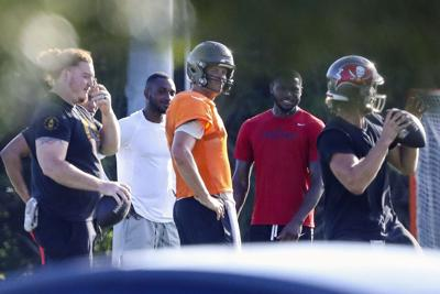 NFL espera comenzar en siete semanas pese a dudas