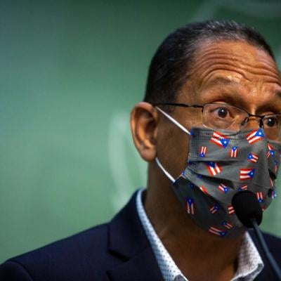 A favor de que opere bajo el gobierno la Corporación de Puerto Rico para la Difusión Pública