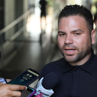 Cataño anuncia medidas para mitigar crisis económica