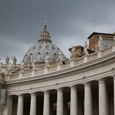 El Vaticano releva al jefe de control financiero