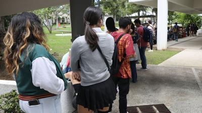 Maestros y estudiantes denuncian un protocolo deficiente en la UPR de Cayey