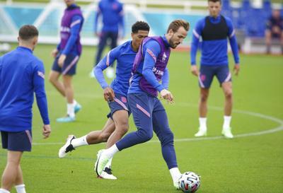 Inglaterra e Italia disputan la final de la Eurocopa