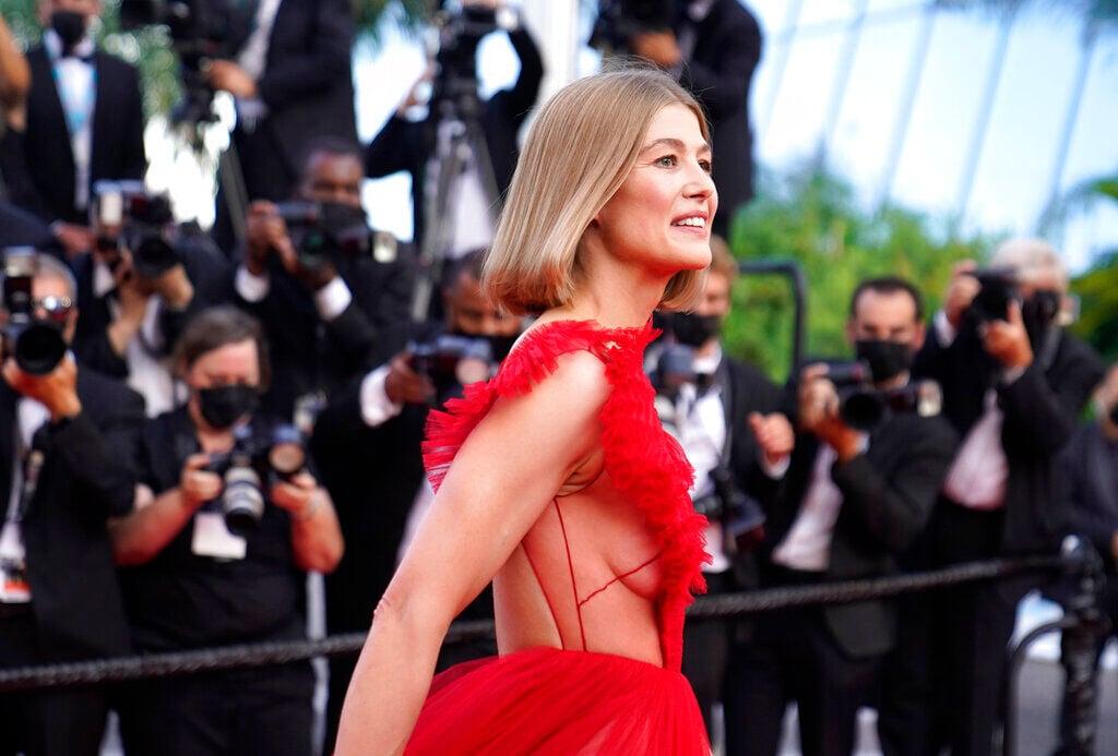 Rosamund Pike Cannes 2021 Red Carpet