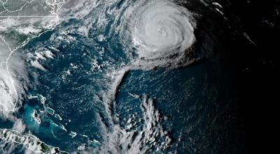 Paulette deja algunos daños en las Bermudas