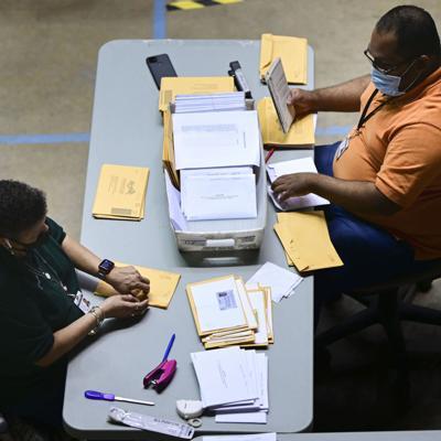 A retomar el conteo del voto adelantado