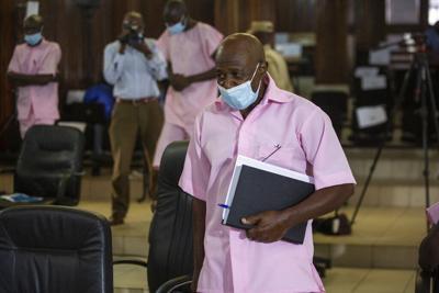 El hombre que salvó a miles de refugiados e inspiró el filme Hotel Ruanda es condenado por terrorismo
