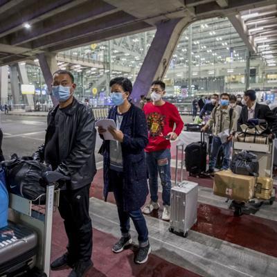Tailandia recibe a primeros turistas extranjeros en siete meses