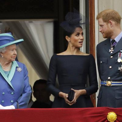 """El príncipe Enrique dice que se sentía """"atrapado"""" en la familia real"""