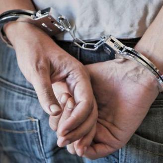 Arrestan a cuatro jóvenes por posesión de marihuana en Lares