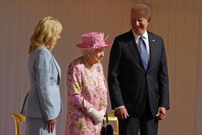 La reina Isabel y Joe Biden se reúnen en el palacio de Windsor