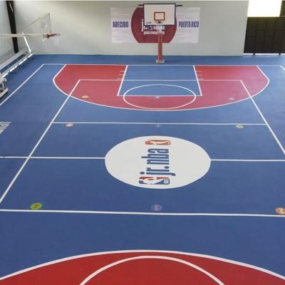NBA renueva cancha en barrio de Arecibo