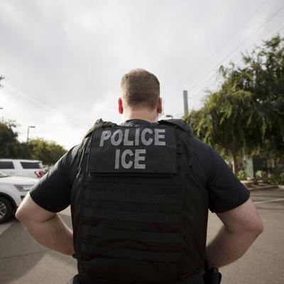 Arrestan sujeto por pornografía infantil
