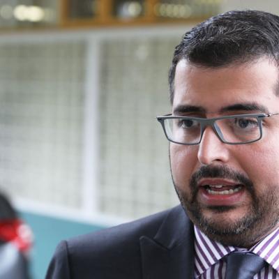 Presidente de la CEE contempla renunciar tras caos primarista