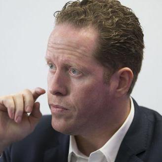 David Bernier salda deuda de su campaña con préstamo personal