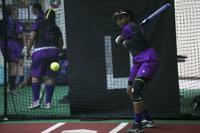 Debuta novedoso programa de sóftbol femenino.jpg