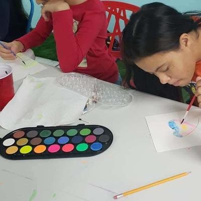 Taller de pintura para niños en Arecibo