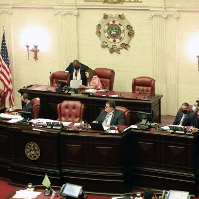 Senado aprueba medida que crea la Ley contra la Venganza Pornográfica