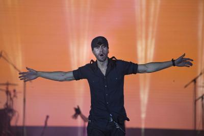 """Enrique Iglesias anuncia su nuevo álbum """"Final"""""""