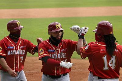 Indios avanzan a la serie final del béisbol invernal
