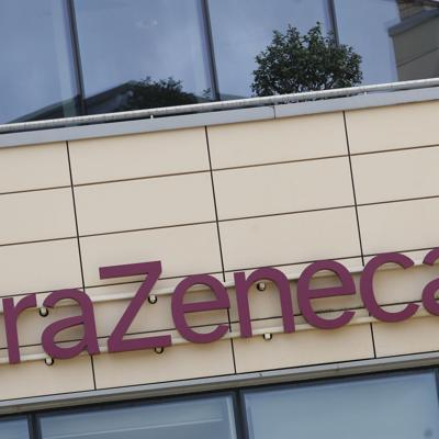 Gran Bretaña pide a regulador evaluar vacuna de AstraZeneca