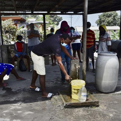 San Vicente, preocupada por el virus y actividad del volcán