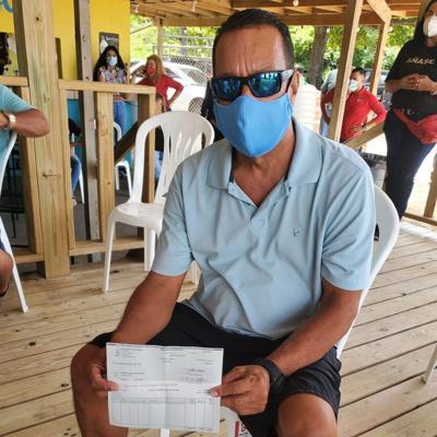 Entregan estímulo económico a pescadores de Añasco
