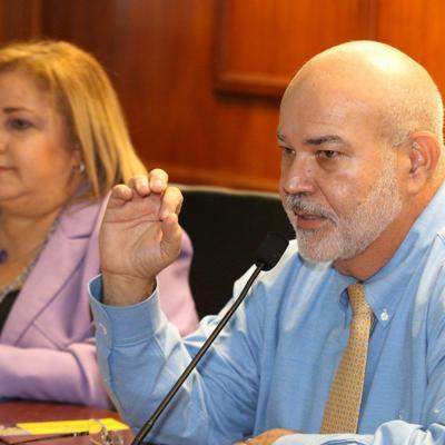 Aprueban resolución oponiéndose al recorte a las pensiones y al Plan de Ajuste