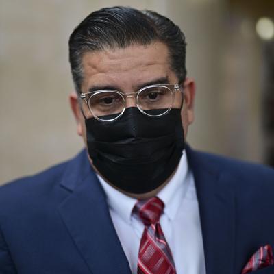 Tatito Hernández solicita conocer procedencia de fondos para elección de cabilderos