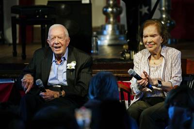 El expresidente Jimmy Carter y su esposa celebran 75 años de matrimonio