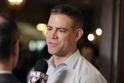 Theo Epstein contratado como consultor por la MLB