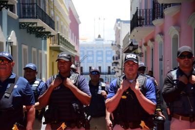Ambiente en el Viejo San Juan antes de protesta