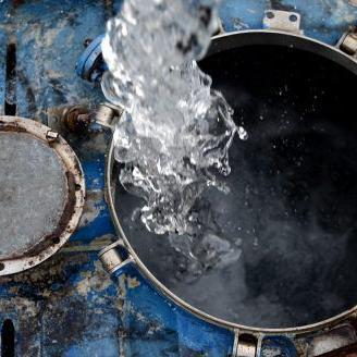 Falla eléctrica deja sin agua potable a sector en Mayagüez