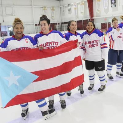 Puerto Rico gana medalla de oro en torneo de hockey sobre hielo