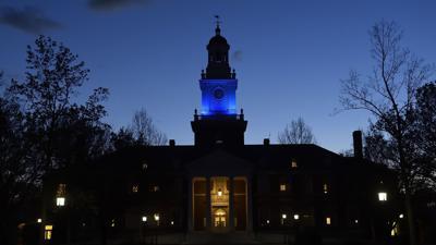 Investigan horca en propiedad de universidad Johns Hopkins