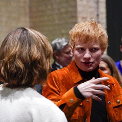 El cantante Ed Sheeran revela que tiene covid-19