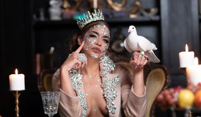 Tatiana Delgado se lanza como cantante
