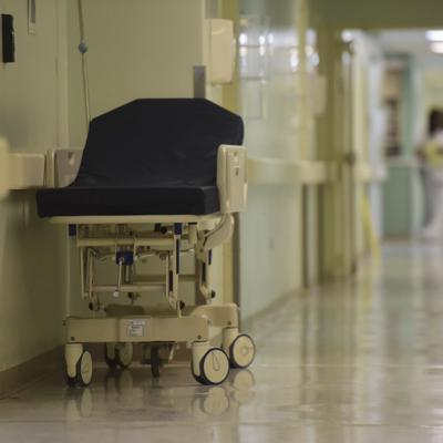 Bajan a 150 las hospitalizaciones por covid-19
