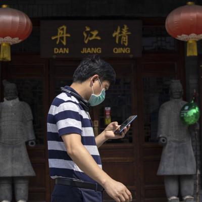 China defiende a la OMS y critica a Estados Unidos por abandonarla
