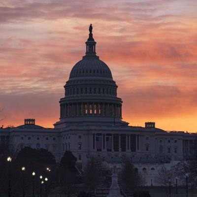 Policía del Capitolio federal empieza a buscar a nuevo comandante