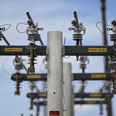 Sin luz unos 7,000 clientes en Santurce y Condado